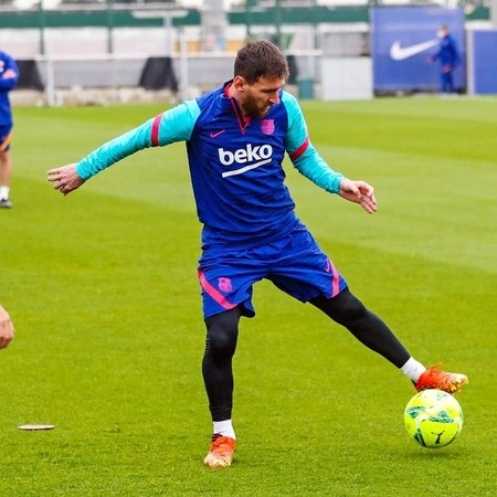 Messi training